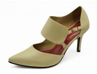 ลด 50% รองเท้าคัทชูส้นสูง HSC-56 หนังนิ่มครีม