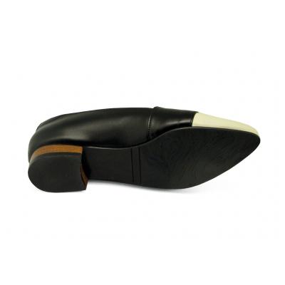 รองเท้าคัทชูส้นเตี้ย HSC-74 หนังแกะชามัวนิ่มครีมขาว-นิ่มดำ