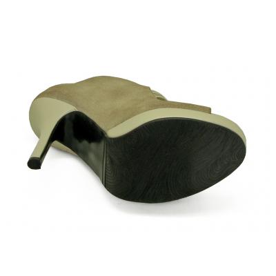 รองเท้าคัทชูส้นสูง HSC-90 หนังกลับครีมขาว-นิ่มครีมอ่อน