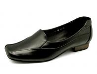 รองเท้าคัทชูส้นเตี้ย LC-26 หนังนิ่มดำ