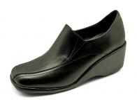 รองเท้าคัทชู LC-32 หนังนิ่มดำ