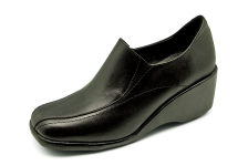 Women Courts Middle Heel LC-32 Black Nappa