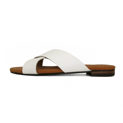 รองเท้าแตะ LS-10 หนังนิ่มขาว