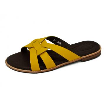 รองเท้าแตะส้นเตี้ย LS-12 หนังนิ่มเหลือง