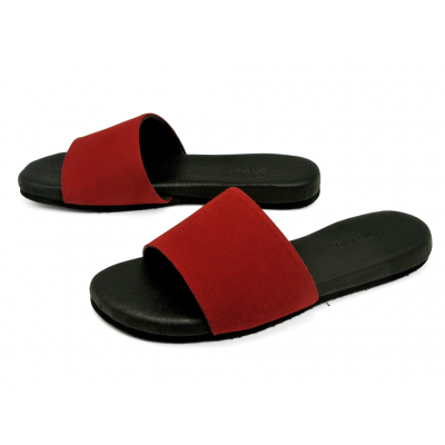 รองเท้าแตะส้นเตี้ย LS-16 หนังไมโครไฟเบอร์กลับแดง