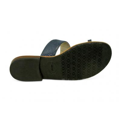 รองเท้าแตะส้นเตี้ย SC-47 หนังกลับน้ำเงินลายเกล็ดดำ