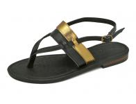 ลด 50% รองเท้าแตะส้นเตี้ย SC-65 หนังนิ่มดำ-ยับลายทอง