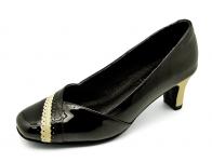 ลด 50% รองเท้าคัทชู SJ-54 หนังแกะแก้วดำนอก-นิ่มครีมขาว