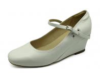 รองเท้าคัทชู SJ-62 หนังนิ่มขาว