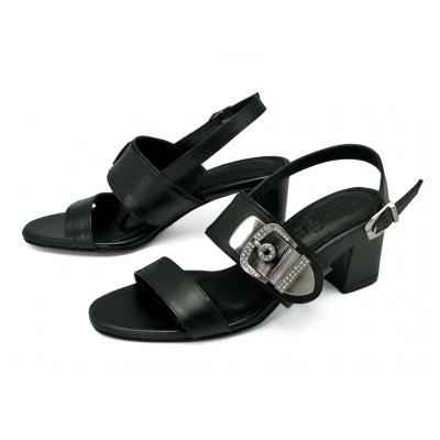 ลด 50% รองเท้าแตะ SJ-83 หนังนิ่มดำ