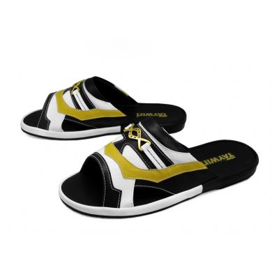 รองเท้าแตะ SKF-39 หนังไมโครไฟเบอร์นิ่มดำ-นิ่มขาว-นิ่มเหลือง