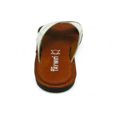 รองเท้าแตะ SKT-71 หนังเรียบขาว
