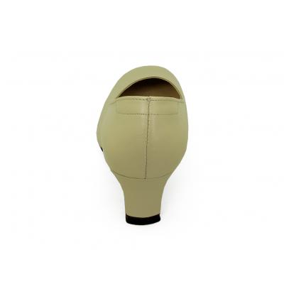 รองเท้าคัทชู SV-01 หนังนิ่มครีมอ่อน