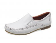 รองเท้าคัทชูส้นเตี้ย SY-07 หนังนิ่มขาว